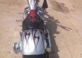 Big Dog Chopper Silber-rote Flammen