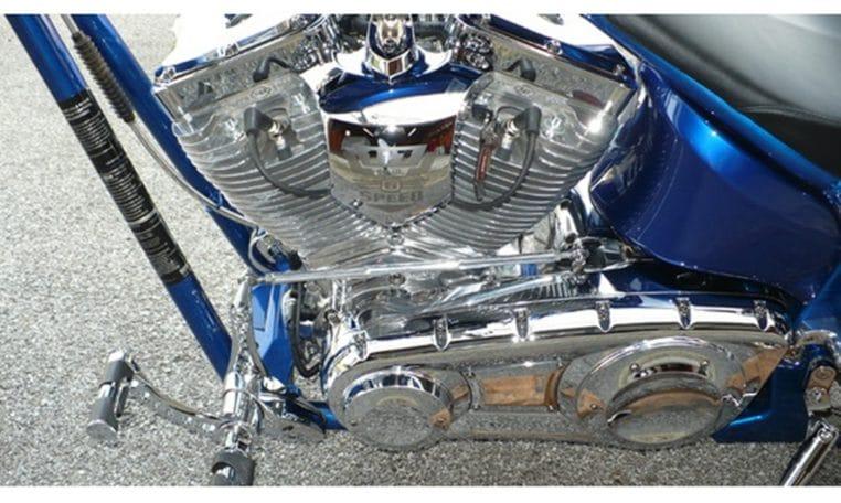 BigDog K9 15 Jahre Edition silber-blaumetallic 300 Chopper