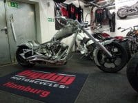Big Dog K9 Custom Airbrush silber-schwarz 300 Chopper