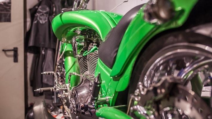 Poison green American Ironhorse Slammer SZ