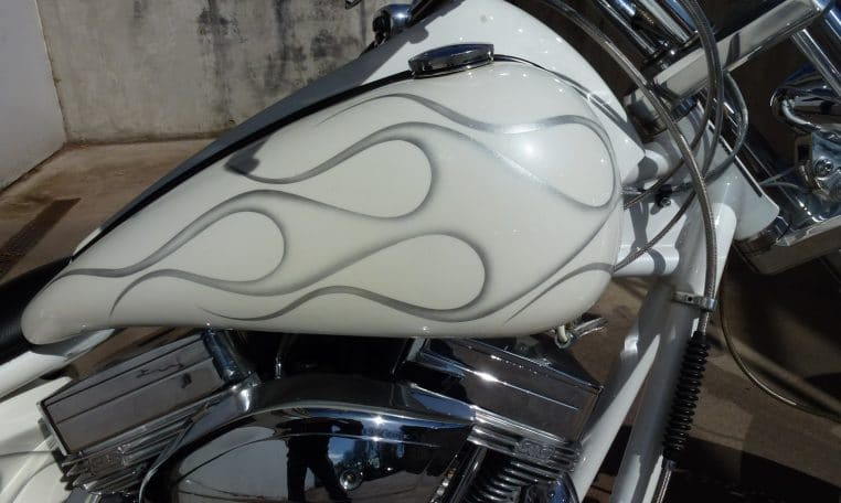Big Dog Pitbull white metallic Ghost Flames Chopper