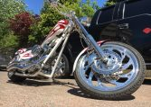 American Ironhorse Texas Chopper Weiss-rot Flammen